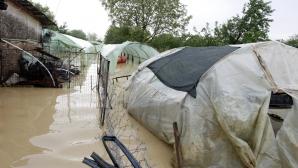POTOP în OLT: aproape 600 de curţi şi gospodării, inundate / Foto: Arhiva MEDIAFAX