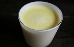 Leacul, un fel de lapte, se prepara din tumeric