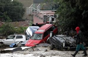INUNDAŢII CATASTROFALE în Bulgaria: 16 morţi. IMAGINI DEVASTATOARE