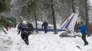 Supravieţuitorii accidentului aviatic din Apuseni au devenit cetăţeni de onoare ai comunei Horea