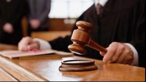 Trei persoane reţinute şi alte patru cercetate sub control judiciare în dosarul Urban