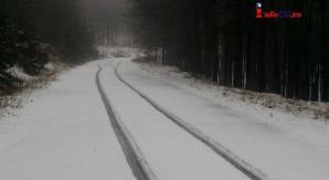 NINSORI ABUNDENTE şi drumuri acoperite de ZĂPADĂ, în ţară / Foto: infocs.ro