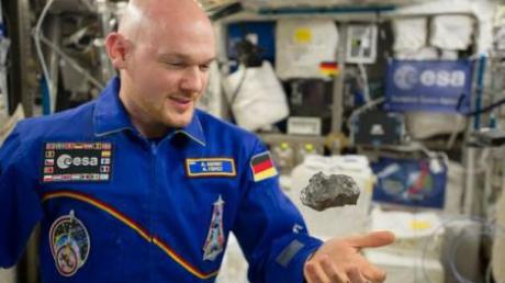 Un meteorit va cădea vineri pentru a doua oară pe Pământ