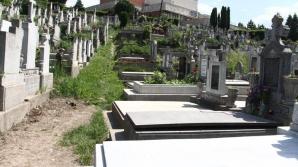 Zeci de familii din Cluj, obligate să își exhumeze rudele decedate