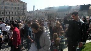 Manifestaţie de amploare în Piaţa Unirii! Mii de oameni au ieşit în stradă / Foto: Arhiva napocanews.ro