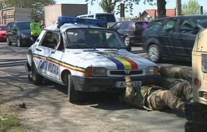 Accident cu două blindate americane şi o maşina de poliţie, la Galaţi / Foto: presagalati.ro