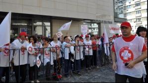 Medicii, din nou în stradă. Sanitas anunţă pichetarea mai multor ministere între 9 şi 13 mai