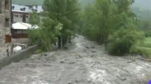 Cod galben de inundații pe râuri din 10 județe