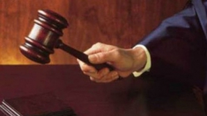 """Înalta Curte se pronunţă vineri în dosarul """"Referendumul"""""""