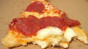 Criminal identificat după o coajă de pizza. Cum a fost posibil