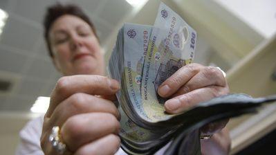 Scumpiri și salarii mai mari