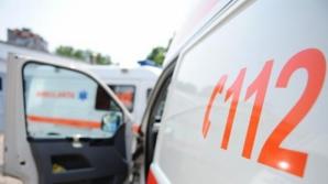 Patru persoane, printre care şi un copil de doi ani, au fost rănite într-un accident în Sânpetru.