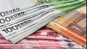 Veşti proaste pentru românii cu credite în euro. Leul a încheiat săptămâna pe minus