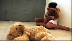 Cazul fetiţei de 11 ani violată. Avocatul Poporului cere să comunice stadiul dosarului