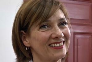 Carmen Iohannis, schimbare spectaculoasă de look. Cum arată acum Prima Doamnă