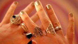 Ce caracter ai, în funcție de degetele pe care porți inelele