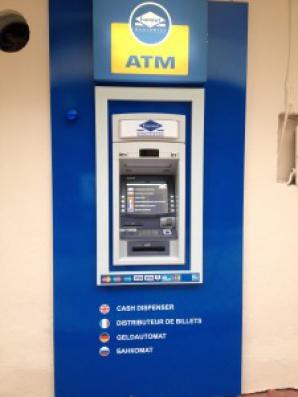 Bancomatele din Thassos nu funcţionează. Foto: ecopolitic.ro