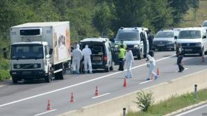 Camionul cu imigranţii asfixiaţi a fost găsit pe o autostradă din Austria / Foto: BBC