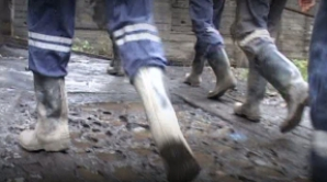 Situaţie disperată la Mina Băița: 15 mineri, în greva foamei
