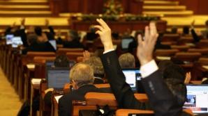 Parlamentul se reunește marți, în sesiune ordinară