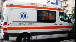 Accident rutier în Gorj. Elevă de 13 ani, lovită de o maşină