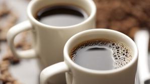Ce să faci cu cafeaua nebăută. Utilizări la care nu te-ai fi gândit