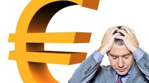 Cursul euro-leu dă bătăi de cap românilor cu credite în valută