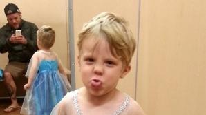 Iată cum a vrut acest băieţel să se costumeze de Halloween. Reacţia tatălui este excepţională