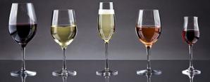 Tipuri de pahare de vin şi cum să le foloseşti când serveşti masa