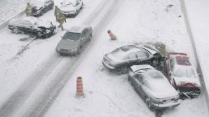 Cum să conduci pe timp de iarnă. Sfaturi care îţi pot salva viaţa