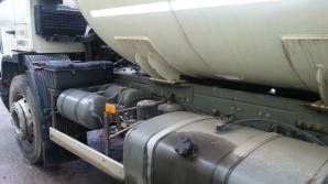 Cisternă încărcată cu GPL, răsturnată în judeţul Argeş. Pericol de explozie
