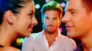 Relaţii de cuplu: 5 semne că te înşală iubita