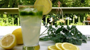 Se prepara în 5 minute: Consumă această băutură 5 zile la rând si poţi da jos 5 kilograme