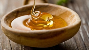 Amestecul-magic: miere, scorţişoară şi nuci. Efectele terapeutice sunt neaşteptate