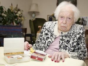 La 107 ani a găsit secretul longevității. De ce a renunțat această bătrână la fumat