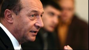 Un jurnalist lansează un atac violent la Băsescu: Or ai fost părtaș, or ai fost papagal