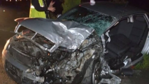 ACCIDENT GRAV! Opt persoane rănite după ce două mașini s-au lovit