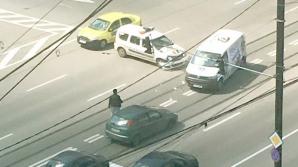 Revoltă a internauților după un accident cu mașina Poliției: Avea sau nu girofar?