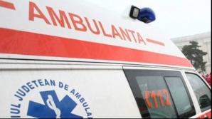 Accident groaznic în Alba. Un autoturism a intrat pe contrasens şi a lovit un microbuz. 6 răniţi