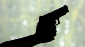 Împuşcături la tribunal! Un bărbat înarmat a deschis focul asupra unui ziarist