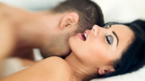 5 tipuri de sex pe care ar trebui să le încerci înainte să te căsătoreşti