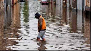 Cod galben de inundaţii în 7 judeţe. Care sunt zonele afectate