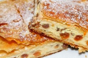 Cum faci cea mai bună plăcintă cu brânză dulce. Ingredientul secret care face diferenţa