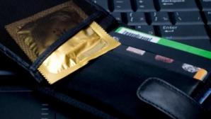 Cele mai frecvente greşeli în folosirea prezervativului. Atenţie, este mai grav decât pare!