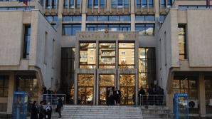 Alertă cu BOMBĂ la Tribunalul Iaşi. Instituţia a fost evacuată