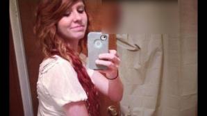 Ea a revenit acasă. Şi-a sărutat soţul, a mers la baie. A făcut un selfie.A văzut poza şi a DIVORŢAT