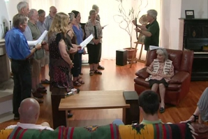 Un nou mod de a face turism. Cântece maori în casele românilor