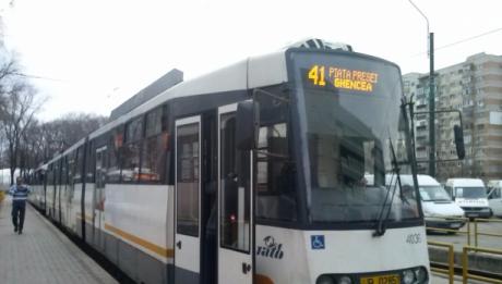 Metrorex anunță că urmează să devieze linia de tramvai 41 în vederea continuării lucrărilor la Magistrala 5 de metrou. Astfel, mijlocul de transport în comun urmează să aibă un alt traseu pentru cel puțin cinci luni. Citește mai departe...