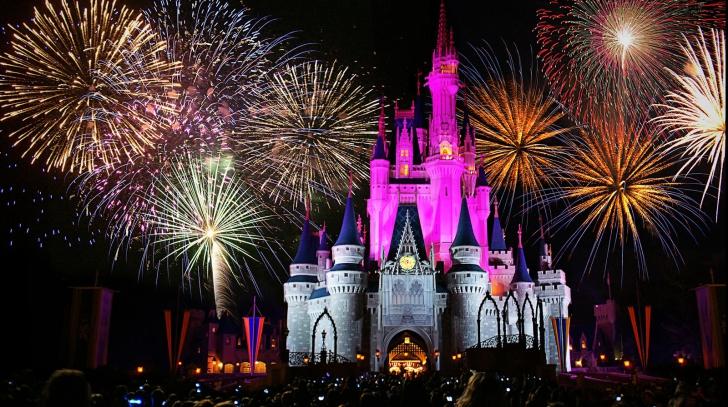 Primul parc Disney deschis în China