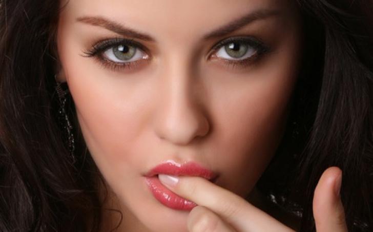 Ce fel de femeie este, în funcţie de culoarea ochilor